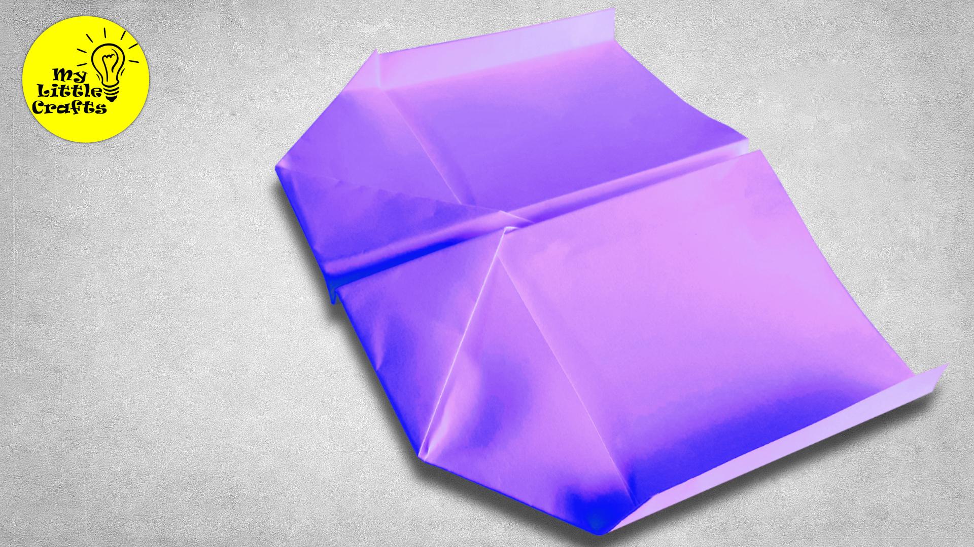 Square paper plane